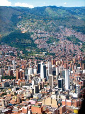 سانتو دومینگو؛ مِدِلین، کلمبیا